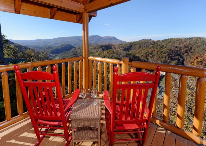 Pigeon Forge Cabin - Bearway To Heaven - Deck with View