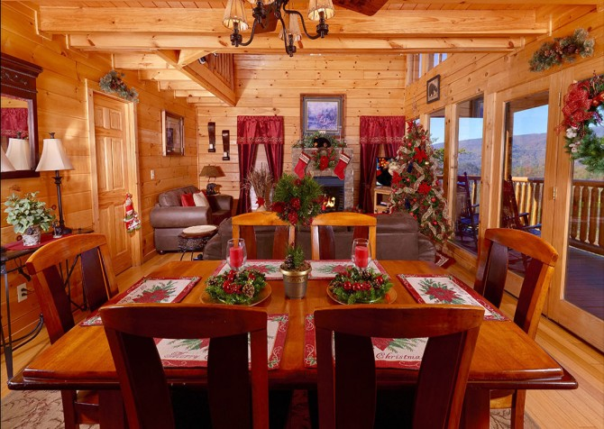 Pigeon Forge Cabin - Bearway To Heaven - Dining Room