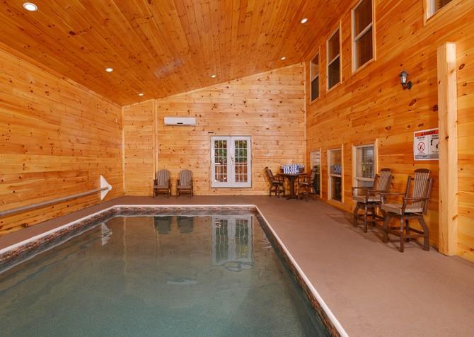Pigeon Forge - Buckskin Lodge - Indoor Pool