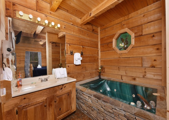 Pigeon Forge - A Mountain Surprise - Bathroom