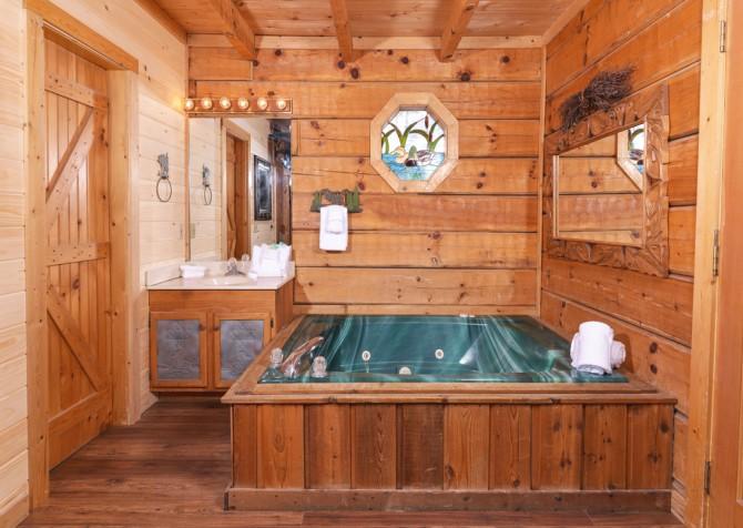 pigeon forge cabin - a secret romance - bathroom