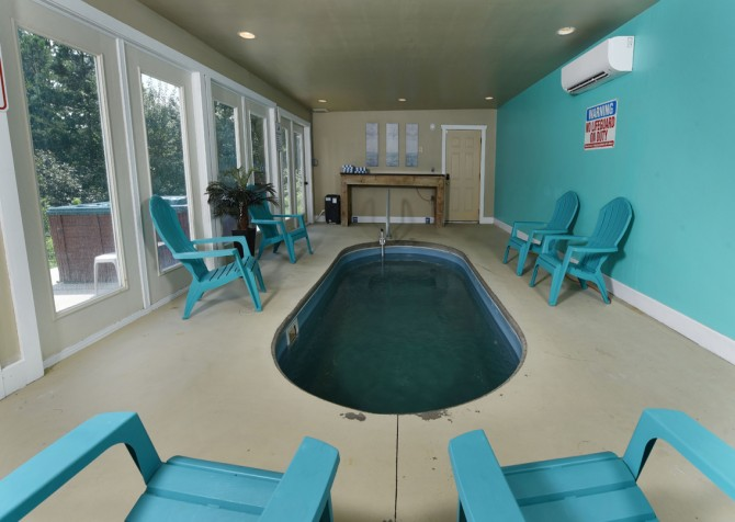 Pigeon Forge - A Splashtastic View - Indoor Pool