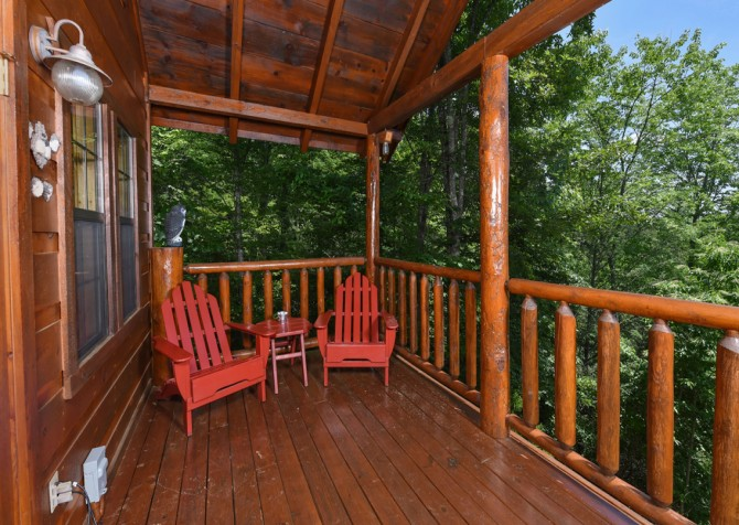 Pigeon Forge Cabin- Almost Bearadise - Exterior