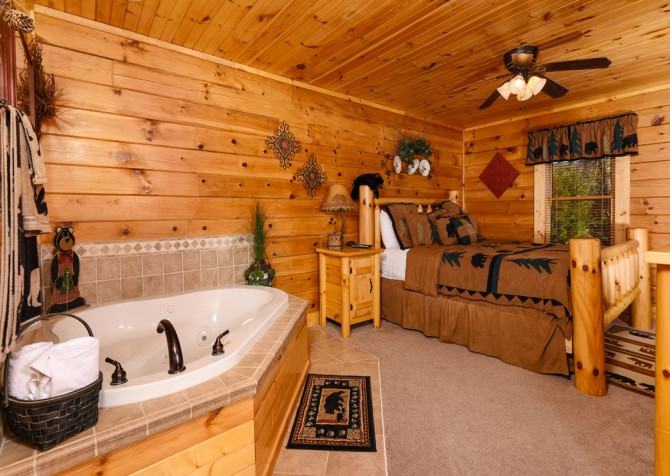 Pigeon Forge - Bear Crossing -  Bedroom One & Indoor Tub