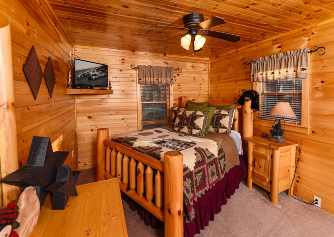 Pigeon Forge - Bear Crossing -  Bedroom Two