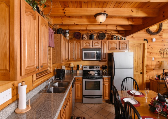 Pigeon Forge - Bear Crossing -  Kitchen Appliances