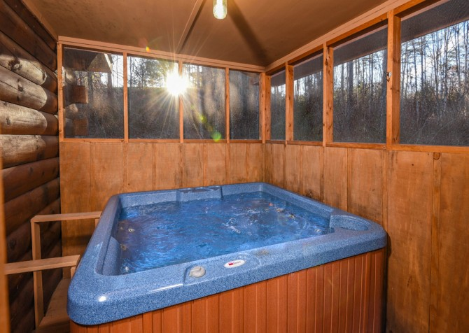 Pigeon Forge - Bear Crossing -  Hot Tub