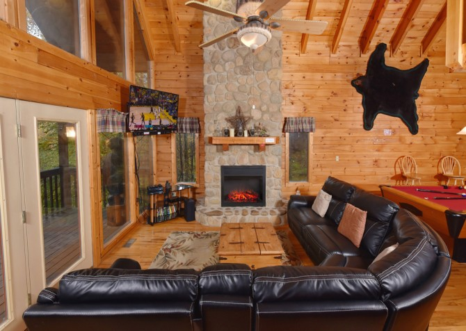 Pigeon Forge - Big Bear Retreat - Rec Room