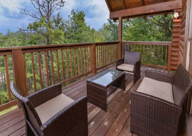 pigeon forge cabin – brink of paradise – exterior