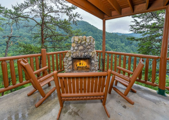 Pigeon Forge Cabin - Brother's Deja View - Fire Pit