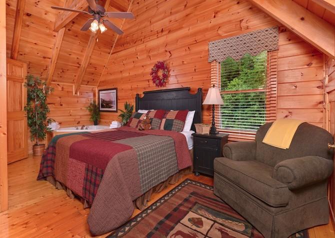 pigeon forge cabin – camp david – bedroom