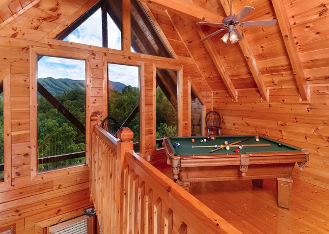 pigeon forge cabin – camp david – pool table