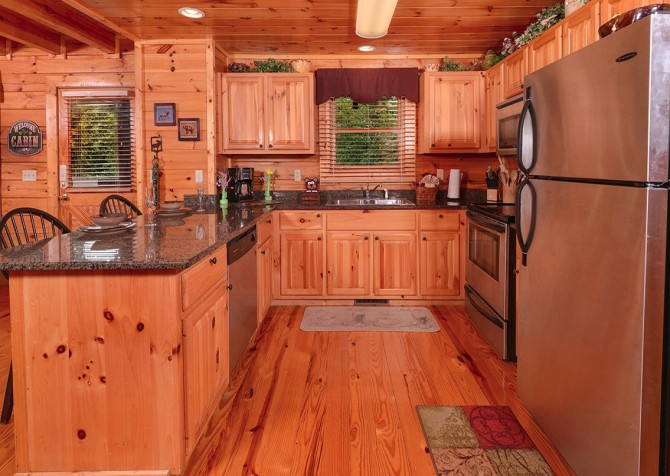 pigeon forge cabin – camp david – kitchen