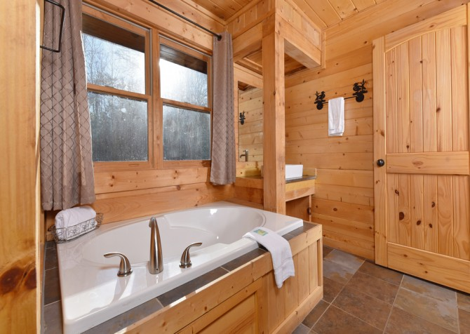 Pigeon Forge - Copper River - Bathroom