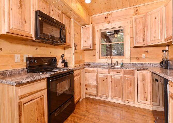 Pigeon Forge cabin - Copper River - Kitchen