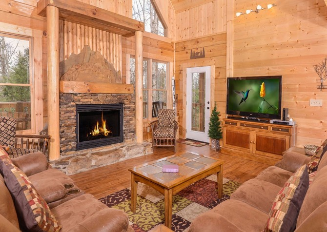 Pigeon Forge Cabin   Copper River   Indoor Pool