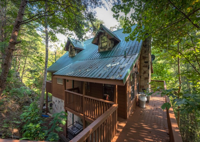 Pigeon Forge - Country Bears Cabin - Exterior