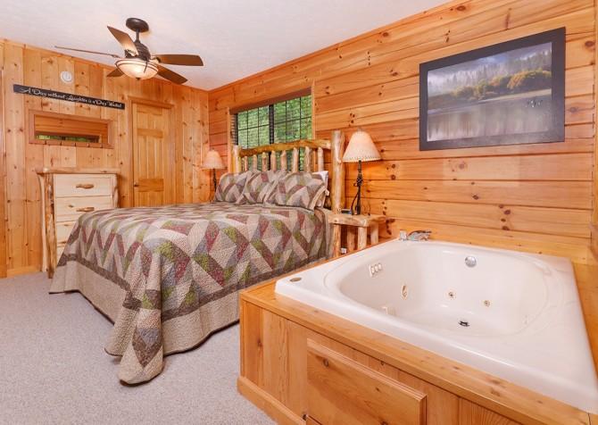 pigeon forge cabin – cozy corner – bedroom