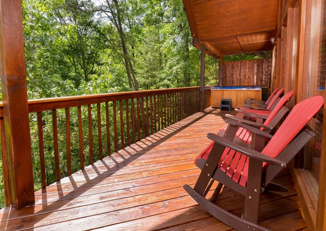 pigeon forge cabin – cozy corner – exterior