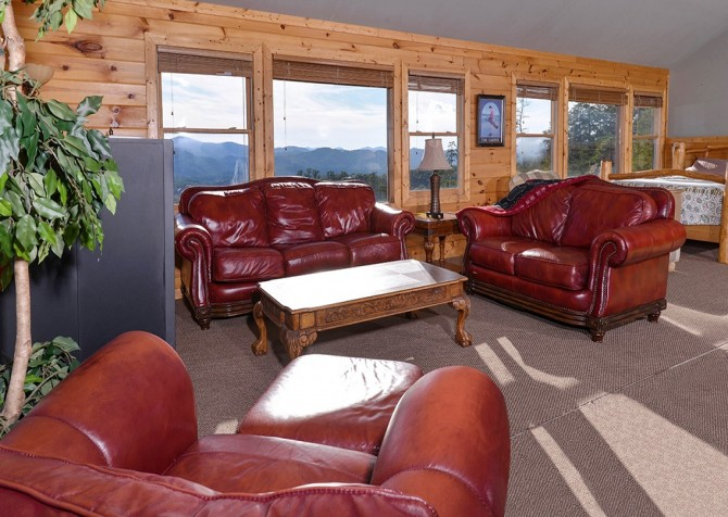 pigeon forge cabin – crestview lodge – living