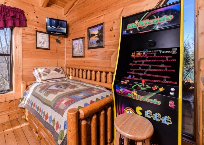 pigeon forge cabin – dancing with the stars – game room