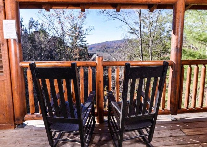 pigeon forge cabin – dancing with the stars – view
