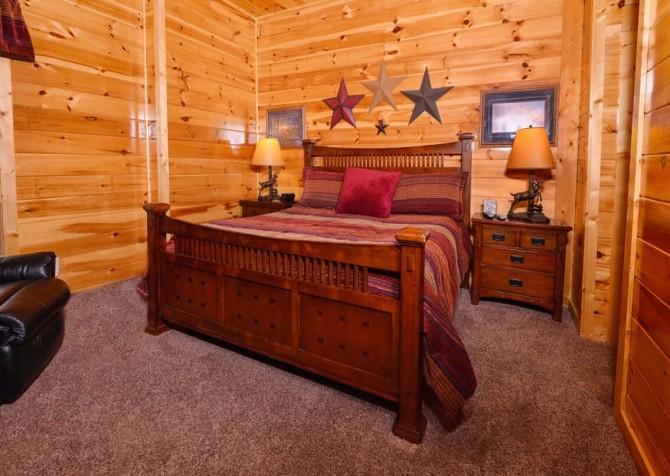 pigeon forge cabin – deer leap – bedroom