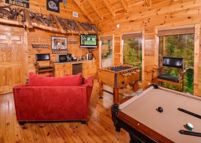 pigeon forge cabin – deer leap – game room