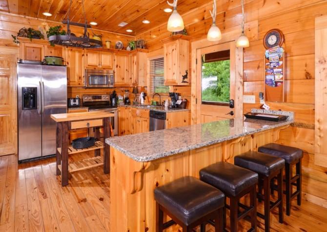 pigeon forge cabin – deer leap – kitchen