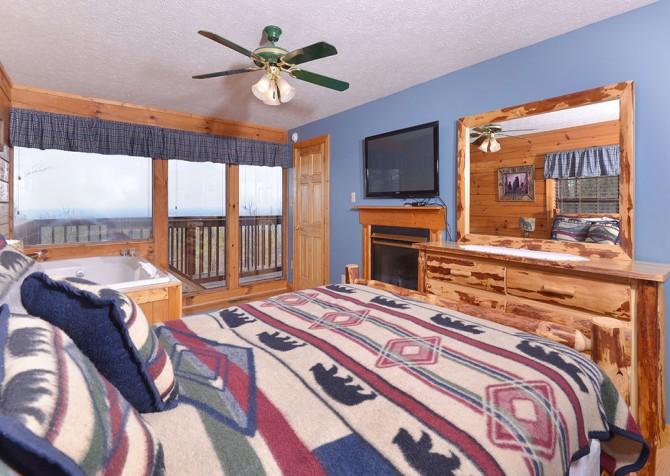pigeon forge cabin   eagles landing   bedroom. Pigeon Forge Cabins   Eagles Landing