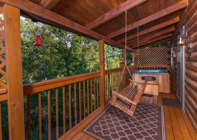 pigeon forge cabin – endless love – exterior