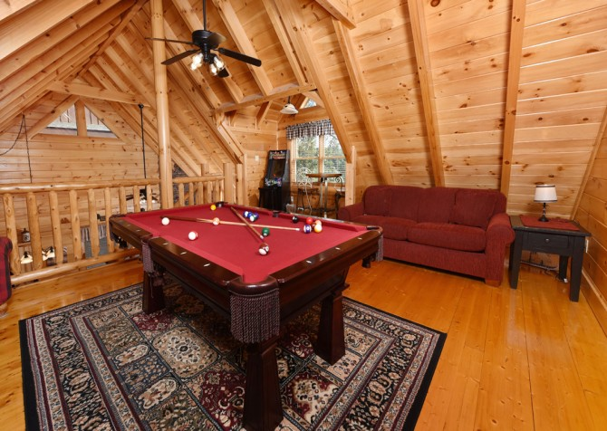 Pigeon Forge Cabin- Ever After – Rec Room