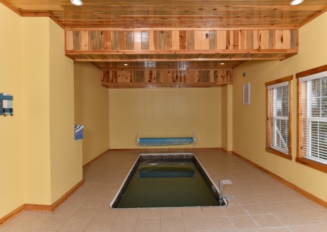 Pigeon Forge - Fitzgerald's Shamrock Chalet - Indoor Pool