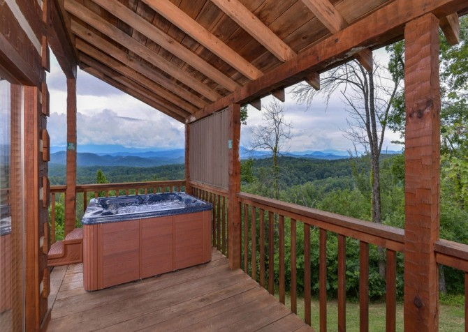 pigeon forge cabin – hard to leave – hot tub