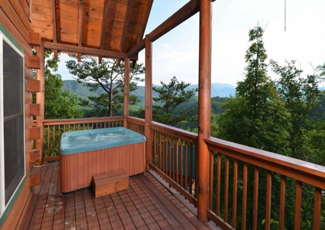 pigeon forge cabin – high-bear-nation – hot tub