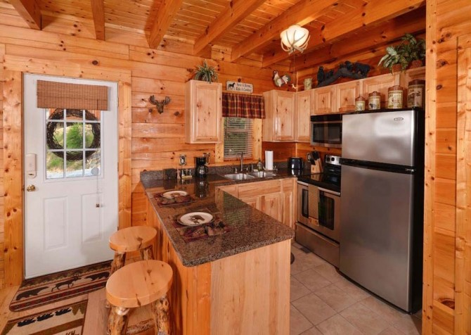 pigeon forge cabin – high-bear-nation – kitchen