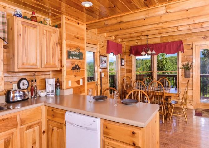 pigeon forge cabin – higher ground – kitchen