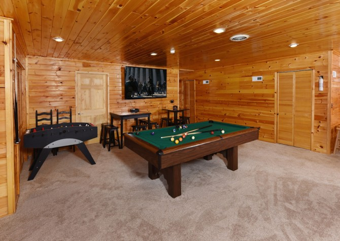 Pigeon Forge - Keaton's Firefly Meadow - Rec Room