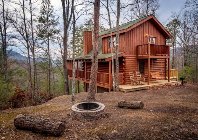 pigeon forge - knotty and nice - exterior