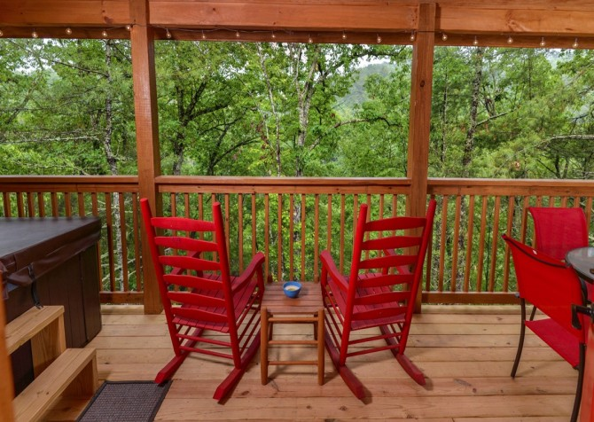 pigeon forge - lack for nothing -deck