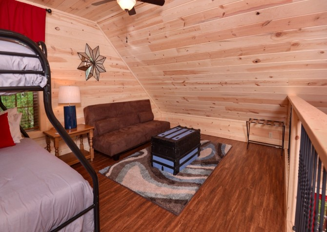 pigeon forge - lack for nothing -living spaces