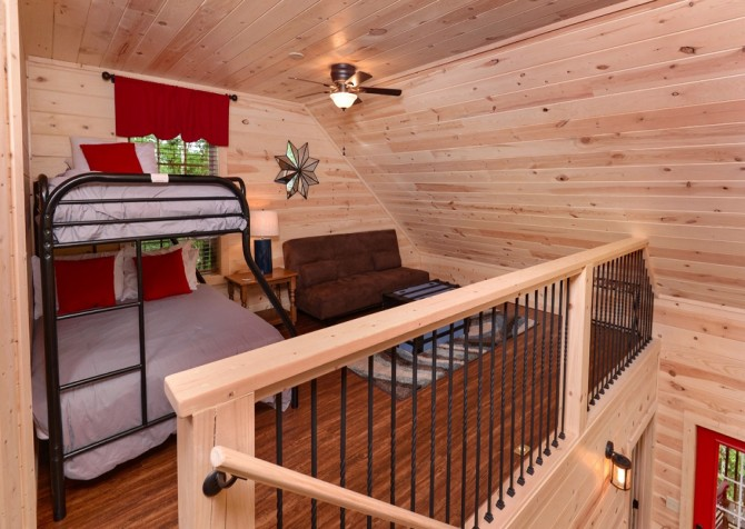 pigeon forge - lack for nothing - living spaces