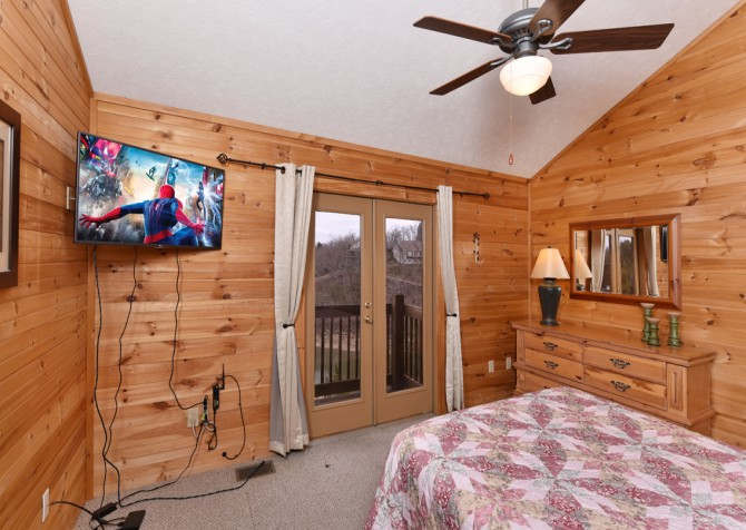 Pigeon Forge - Lakeside Mountain Memories - BEdroom