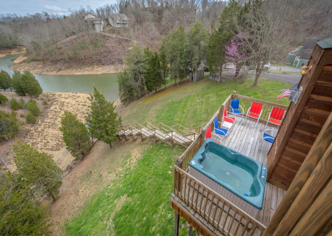 Pigeon Forge - Lakeside Mountain Memories - Deck