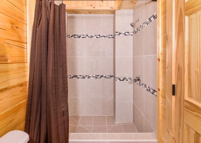pigeon forege - lazy days - bathroom