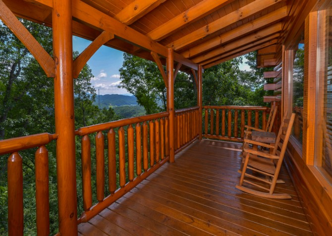 pigeon forge - legacy mtn lazy days - deck