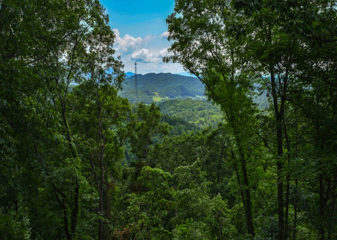 pigeon forge - legacy mtn lazy days - view