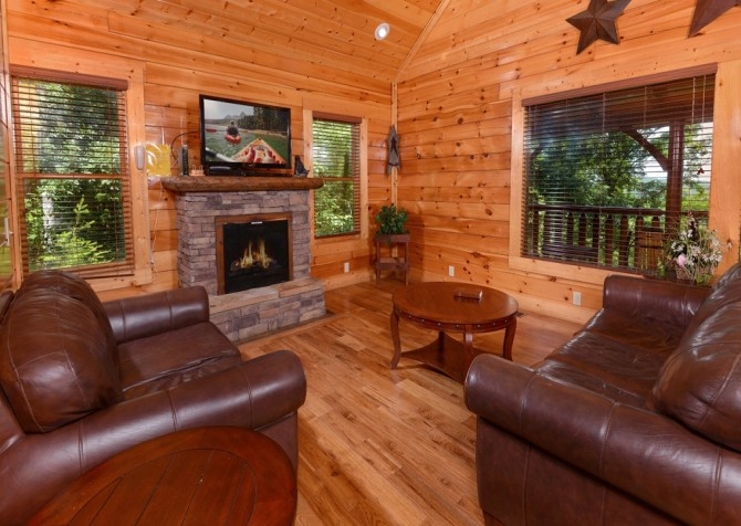 pigeon forge - legacy mtn lazy days - living room