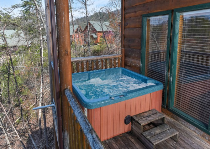 Pigeon Forge - Loose Moose - Hot Tub