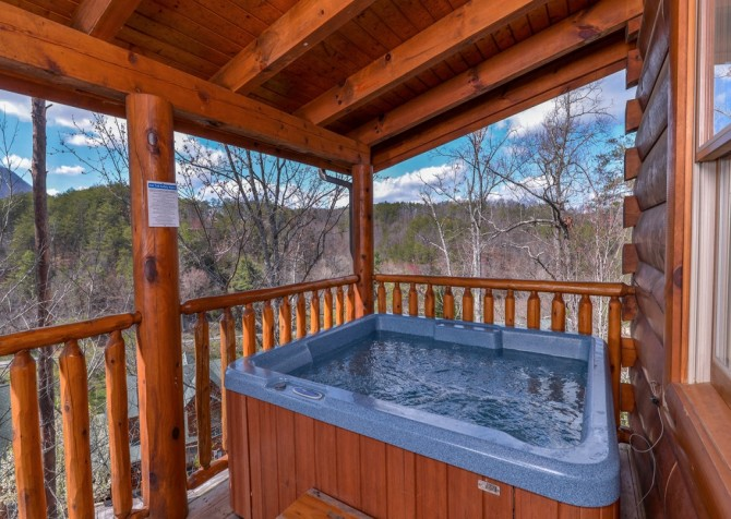 Pigeon Forge - Lucky Enough - deck